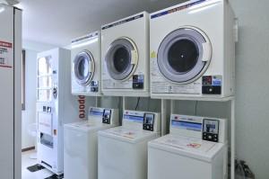 e_facilities_services01